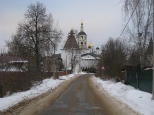 Дорога к Пафнутьево-Боровскому монастырю