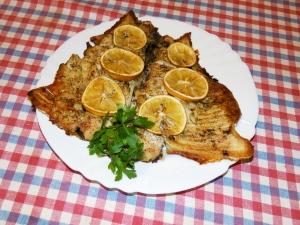 Украшаем рыбу зеленью