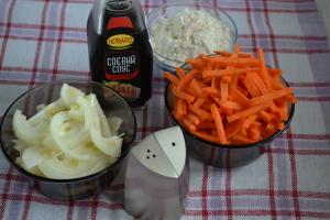 Нарезанные продукты для жареных куриных сердечек