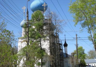 Вид на одну из церквей Переяславля-Залесского