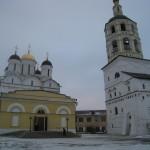 Вид на Рождественский собор (1586 года постройки) Пафнутьево-Боровского монастыря