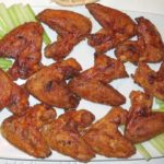 Куриные крылышки жаренные в панировке